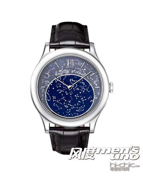 paris 腕表中.在巴黎浪漫唯美的湛蓝星空背面,还展示出了精图片