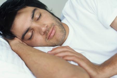 男士美容:超级简单的睡眠美容术