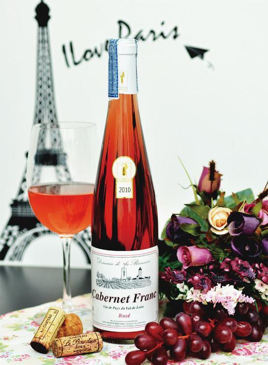 夏日美酒诱惑:桃红葡萄酒