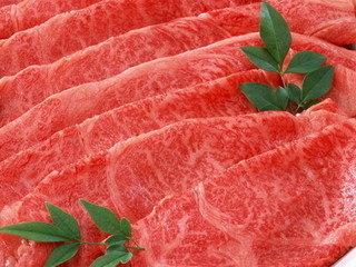 医学报告:过量食用红色肉类可能增加罹患乳腺癌风险