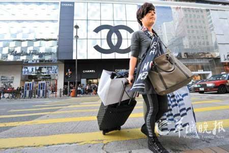 奢侈品市场在华正逐渐遇冷 一年之内新店减少近50家