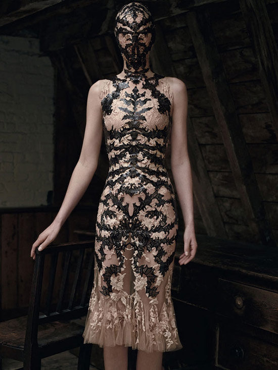 亚历山大·麦昆最新主题时尚大片 尽享狂野风