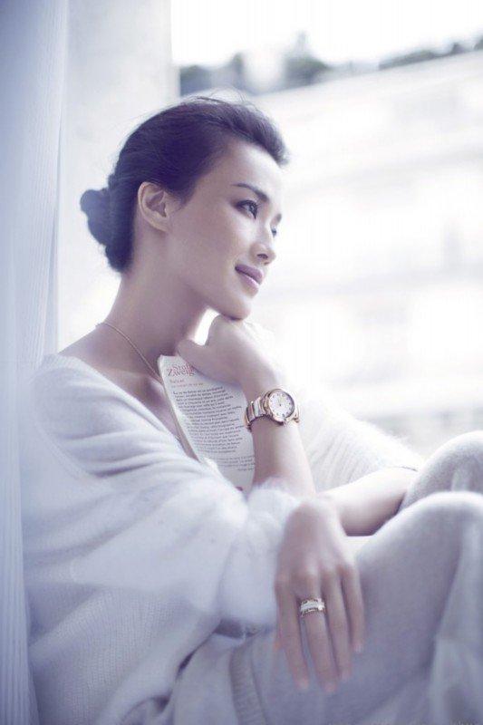 宝格丽释出全新Lvcea仕女腕表广告大片 舒淇出境代言
