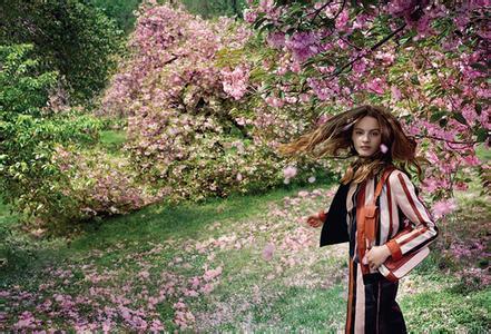 捕捉自然梦境 葆蝶家释出2015早春度假系列广告大片
