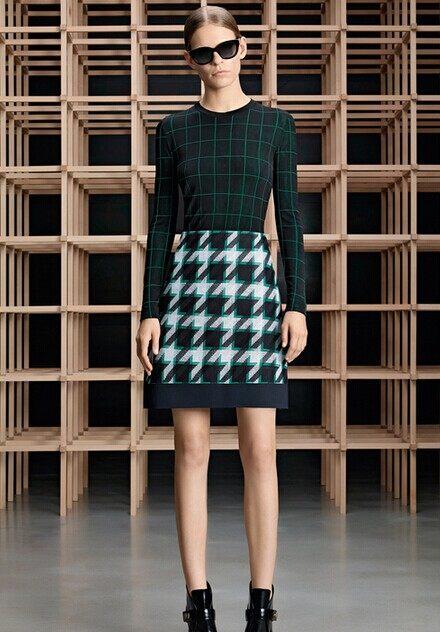 以結構廓形為主 Boss發布2015早秋時裝