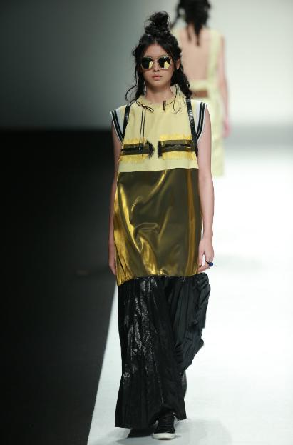 Prsr帕莎眼镜首度玩跨界,与C.J.Yao同台惊艳上海时装周