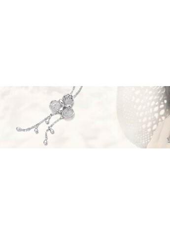 周生生Lace「蕾丝」金项链:打造只属于你的优雅与美丽