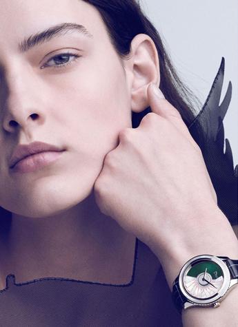 超模Marian Damian  演绎迪奥腕表