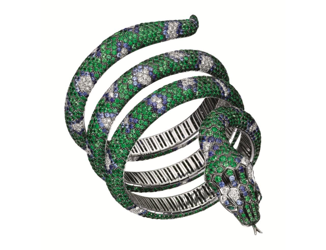 动物珠宝 为女人增添了无限活色生香的美丽