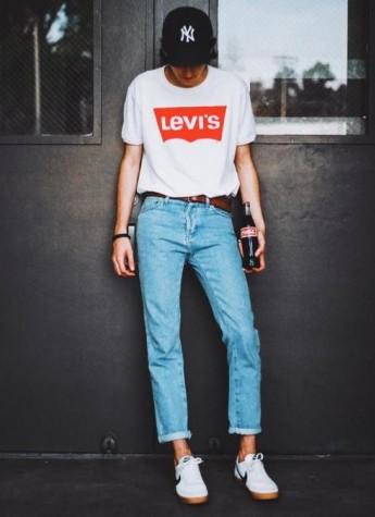 谁说T恤+牛仔裤就不算小心机