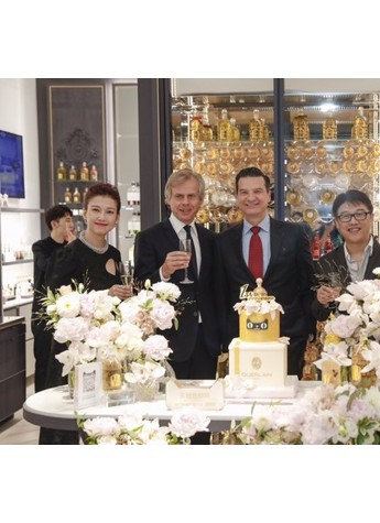 天猫首次推出奢侈品品牌日 LVMH等巨头共同拥抱新零售