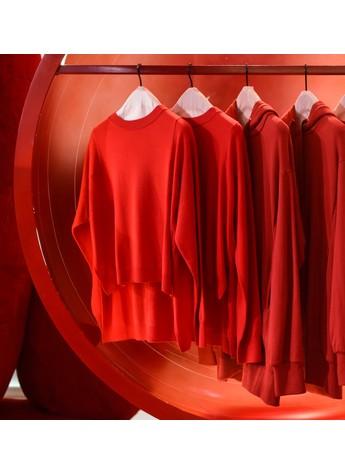嗨,你多久没有穿过红色了?