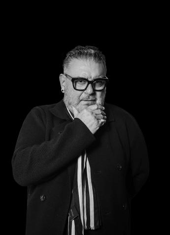 大时代携手世界时尚大师Tim Hartley推出洗护新品 实力引领洗护造型时代