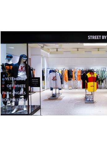 韩国新世界百货店江南店男性著名street品牌店盛大开业