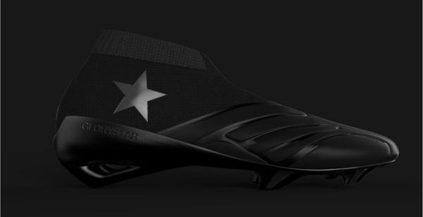 四年一度的赏鞋盛会,这双宝马造的球鞋你怎么看?