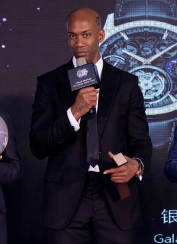 传奇归来,马布里22周年篮球生涯纪念仪式在京举办