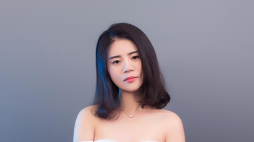 长青洲际张曼:一个女性的自我觉醒需要几步?