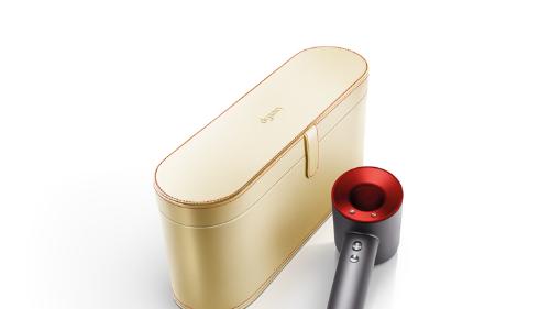 强劲气流,吹送动人爱意 戴森Supersonic™金色臻选礼盒版吹风机登场