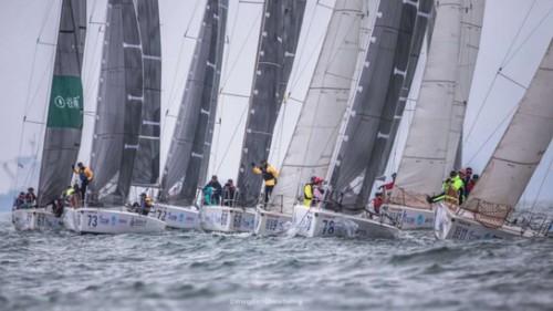 不懼風雨,乘風破浪!國貨新銳品牌谷雨亮相第十屆城市俱樂部杯帆船賽
