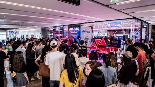 李晨nic助力男士高光时刻 品牌十周年将办潮流展|