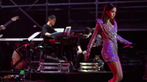 Stella Luna為百變女王蔡依林演唱會助力 演繹野性魅惑
