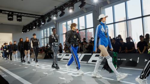 为时尚注入科技灵性 荣耀的科技时尚触角再抵国际时装周