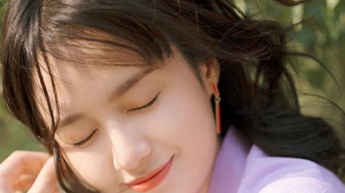 郑合惠子的亲启微笑肌秘 20+女生必入的润百颜抗初老精华