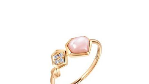 EMPHASIS艾斐诗用珠宝诉说爱意 「合」你共度甜蜜告白日