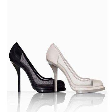 白色麂皮高跟鞋