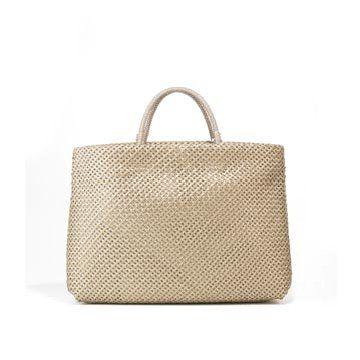 金色编织手提包