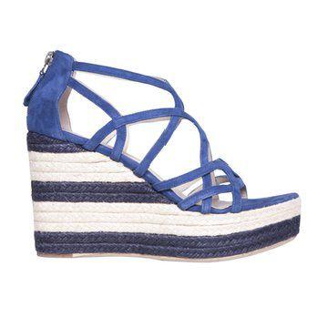 蓝色坡跟凉鞋