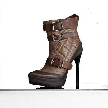 杏仁形鞋头绗缝皮革厚底及踝靴