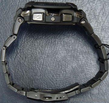 G-SHOCK MTG-1100B-1A