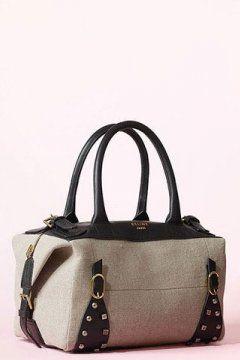 皮带铆钉装饰手提包