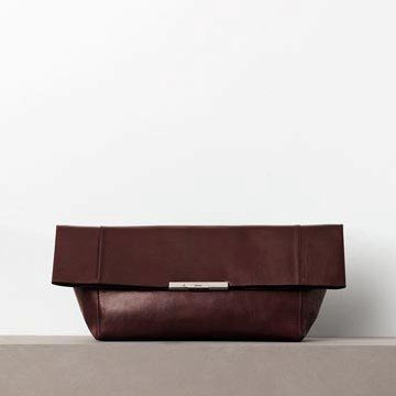 棕红色皮革手拿包