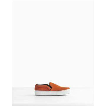 橘色皮毛平底鞋