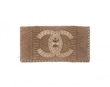 蟒蛇皮手拿包