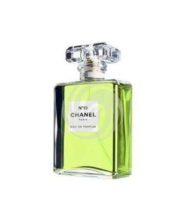 香奈儿N°19喷式香水