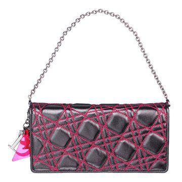 黑色绗缝羊皮手提包