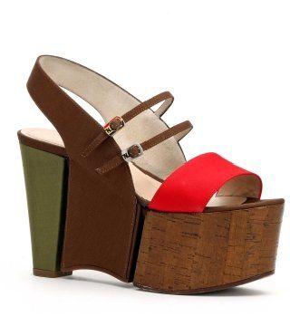 红拼墨绿木底厚跟鞋