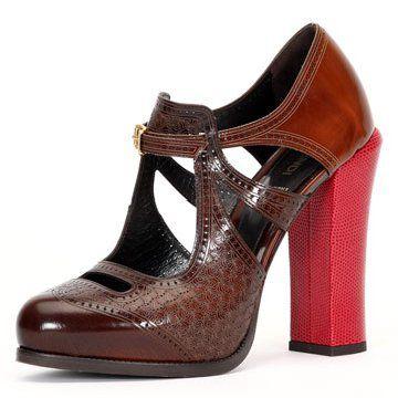 皮革高跟鞋
