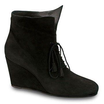 黑色麂皮坡跟系带短靴