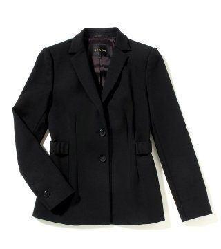 黑色单排扣束腰上衣