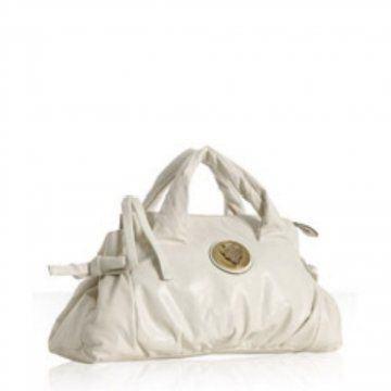 象牙白色皮革无法控制手提包