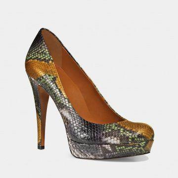彩色蛇皮高跟鞋