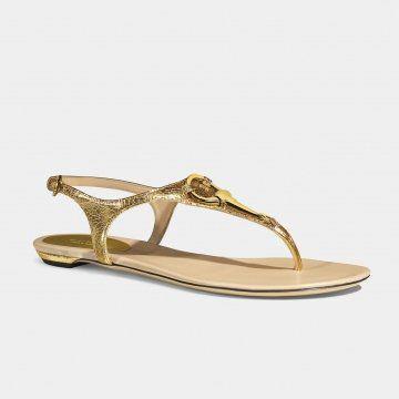 金色平底凉鞋
