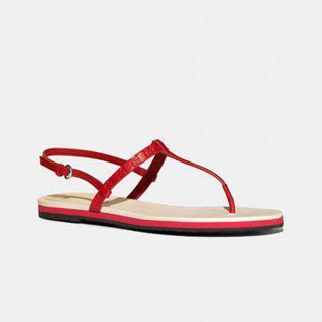 缠带红色凉鞋