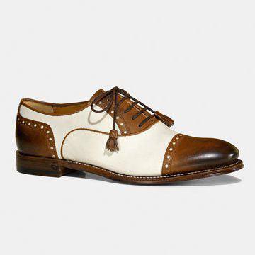 棕白拼色中性款式皮鞋