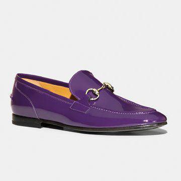紫色皮质皮鞋