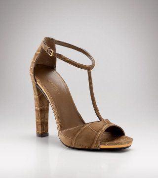鳄鱼皮高跟露趾凉鞋